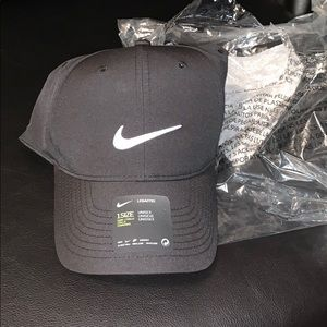 Brand new Nike adult unisex hat